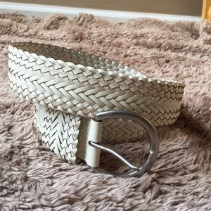 White braided leather belt large silver buckle